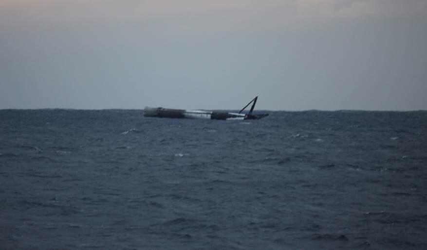 Первая ступень Falcon 9 пережила приводнение в океан Falcon, ступень, B10322, ступени, GovSat1, ступеней, SpaceX, двигателя, эксперимента, компания, изучить, возврата, успешно, попытается, использованием, случае, Однако, Merlin, перед, коснулась
