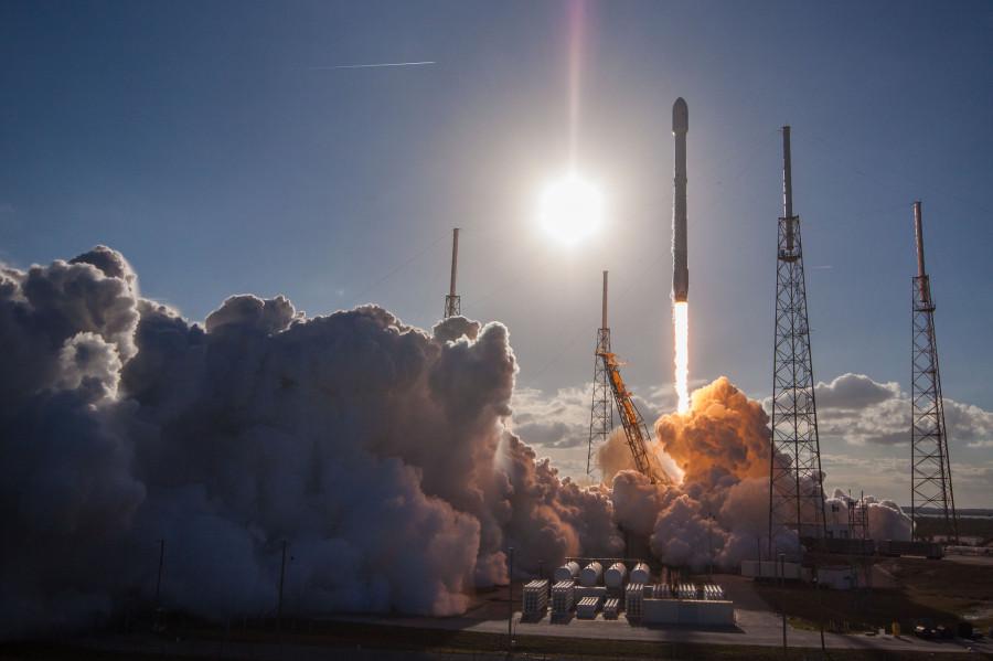 Транзит МКС по диску Луны и запуски «Союз-2.1а» и Falcon 9 фотографий, запечатлен, запуск, ракеты, состоявшийся, транзит, вывела, серии, зондирования, «Союз21а», февраля, космодрома, Восточный, космос, спутников, дистанционного, подборка, «Канопус», малых, аппаратов