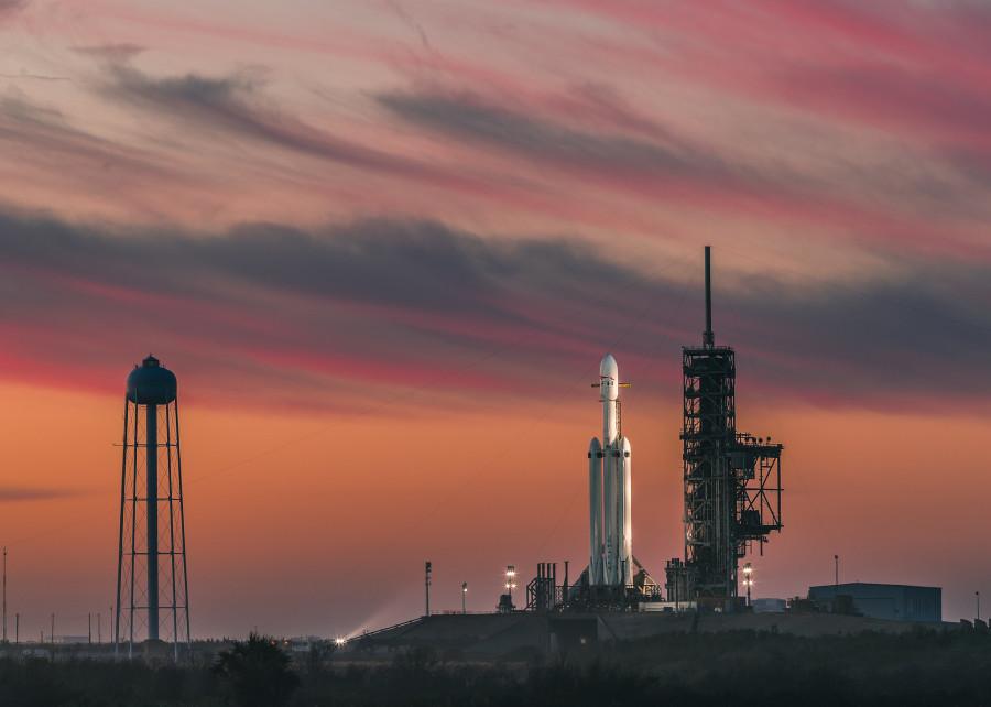 Falcon Heavy выведет в космос 25 спутников