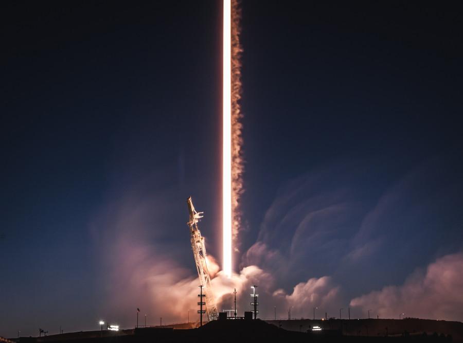 SpaceX провела тест по ловле головного обтекателя Falcon 9