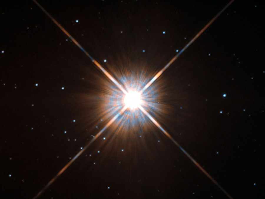 Астрономы зафиксировали мощную вспышку на Проксиме Центавра