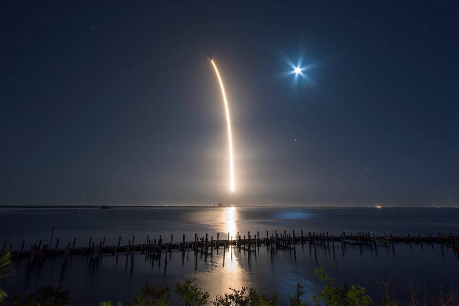 50-я миссия Falcon 9, 76-я миссия Atlas V