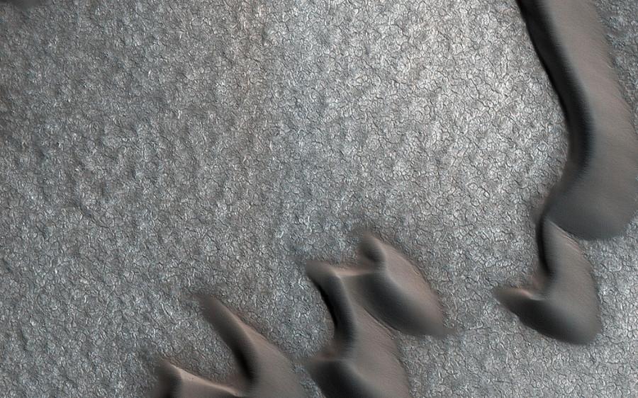 MRO сфотографировал необычный узор марсианской поверхности
