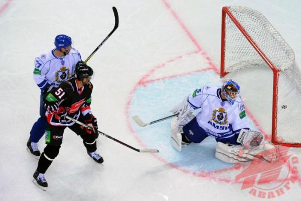 Хоккей-10