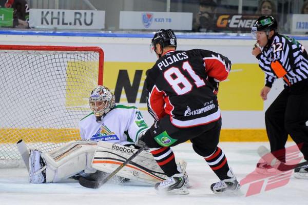 Хоккей-8
