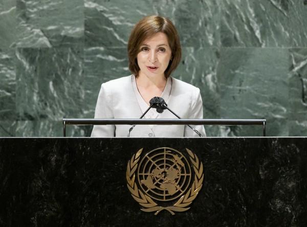 Президент Молдова призвала вывести российские войска из Приднестровья