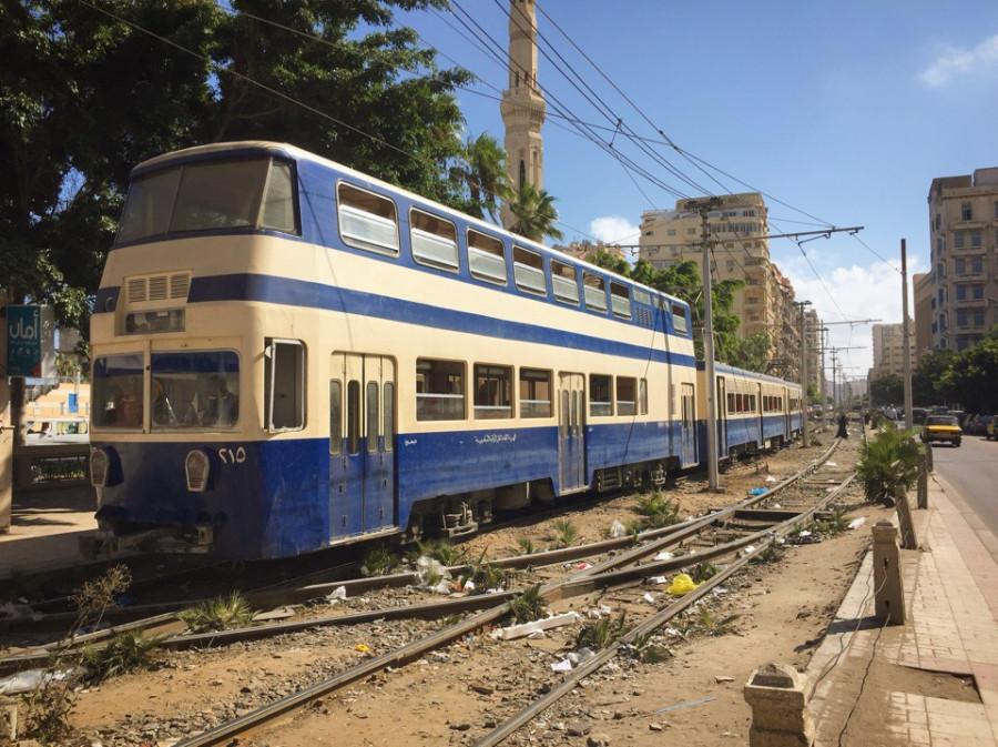 Александрия - один из трёх городов мира с двухэтажными трамваями.
