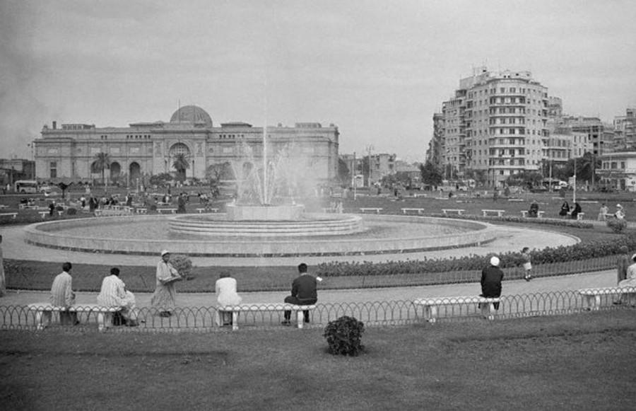 Cairo_Tahrir_Square