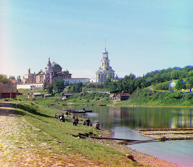 800px-Torzhok_abbey