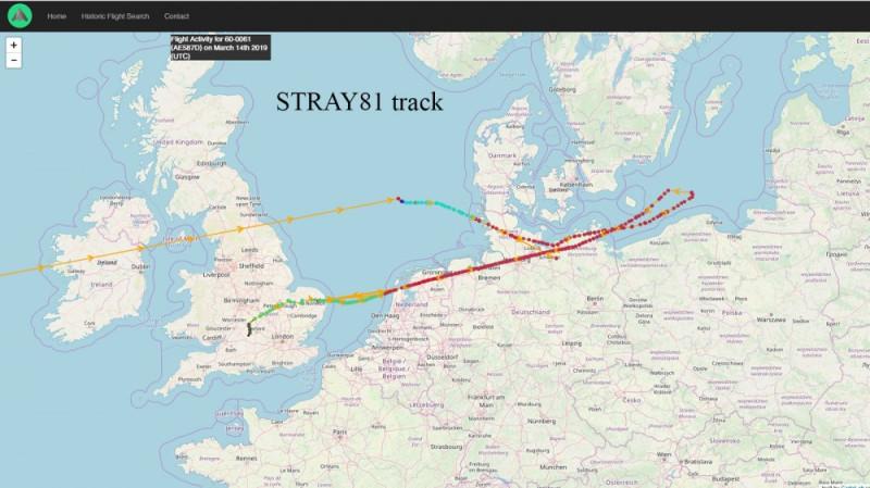 Схема полета этого старья над Балтийским морем. Как только в воздухе появились наши истребители - тупой пиндос сразу же повернул обратно.