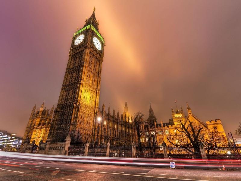 Куранты лондонского Биг-Бена стали для Европы голосом самого Сатаны, и под бой этих курантов Сатана начал устраивал свои балы по всей Европе и по всему миру.