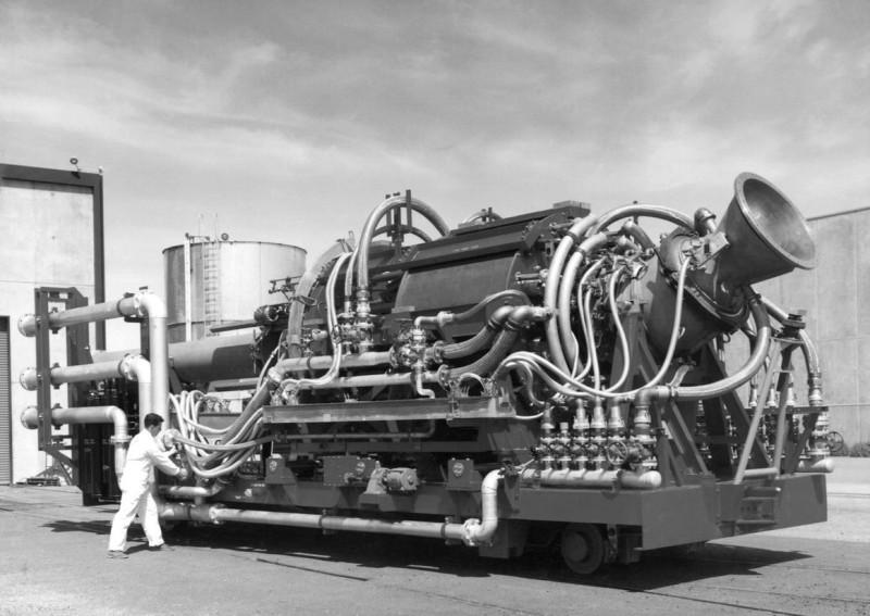 """""""Усовершенствованный"""" ядерный двигатель тупых пиндосов для своей """"крылатой ракеты"""" SLAM в рамках проекта """"Плутон"""". Тоже дура немаленькая. И тоже с открытым ядерным циклом. И это все, чего удалось добиться тупым пиндосам в этой области. Они очень старались, но не смогли."""