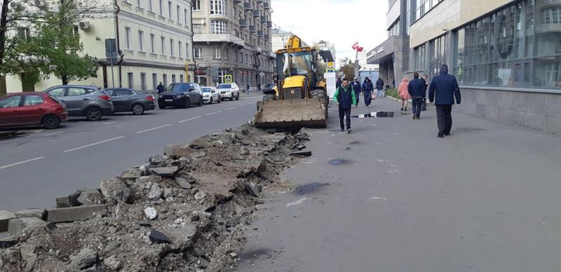 Вор Собянин осваивает московский бюджет.