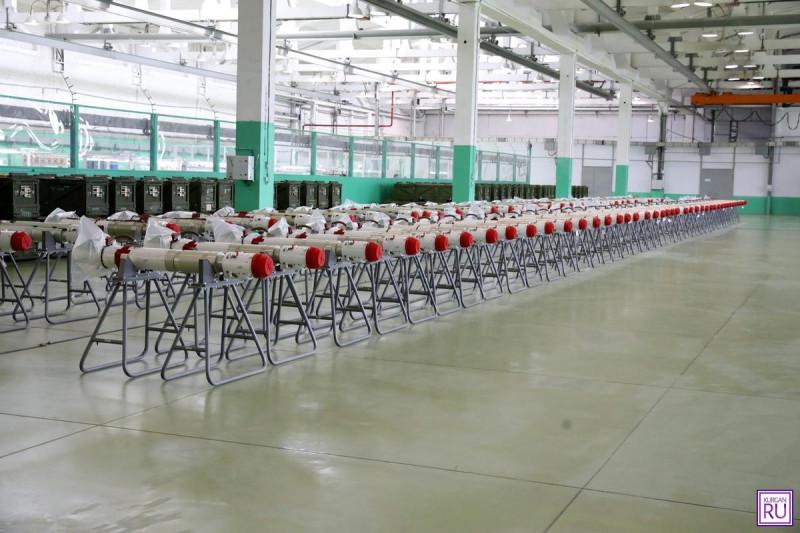 Ракеты Р-74М в цеху завода «Курганприбор», где производятся эти ракеты.