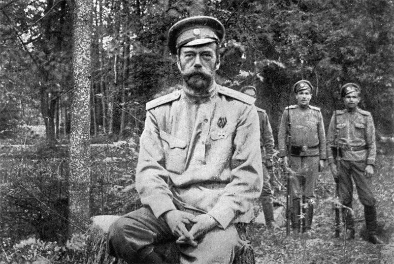 """Государь Николай Второй после """"отречения"""". """"Ну, что? Помогли вам ваши масоны и жиды, господа генералы?"""""""