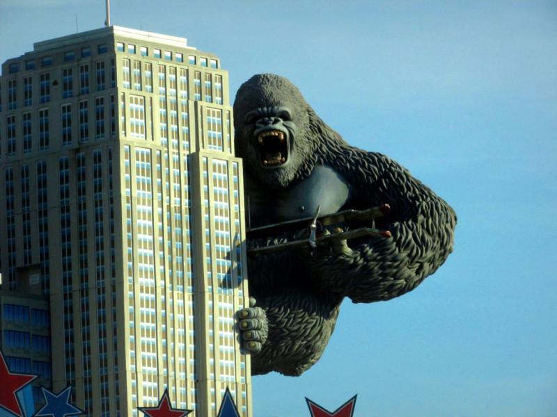Заокеанская горилла негодует, когда кто-либо в мире дружит и сотрудничает без ее спроса.