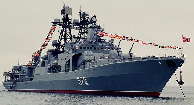 """Большой противолодочный корабль """"Адмирал Виноградов"""" (проект 1155) Тихоокеанского флота."""