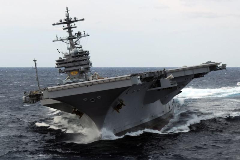 """""""Джордж Буш"""" накренился на правый борт: все сортиры по левому борту отказали, и тупые пиндосы перебежали для облегчения на правый борт."""