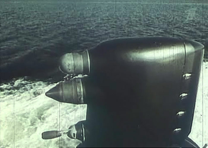 """Датчики системы обнаружения по кильватерному следу (СОКС) советской подводной лодки проекта 671 """"Ерж"""", 1968 год."""