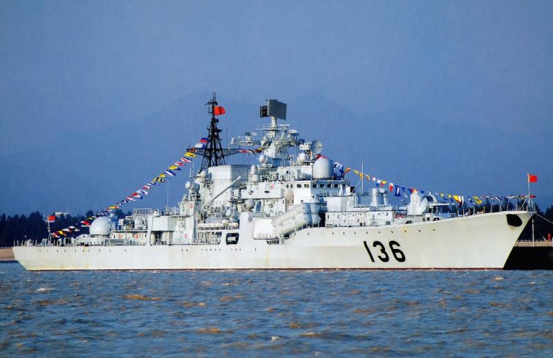 """Китайский эсминец """"Ханчжоу"""" советского проекта 956Э (""""Сарыч"""") до модернизации."""