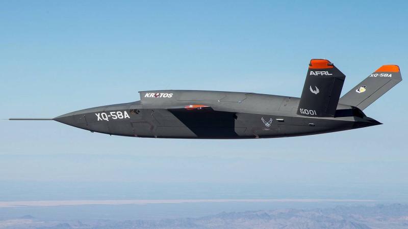 """Очередное """"чудо техники"""" тупых пиндосов - ударный беспилотник XQ-58A Valkyrie."""