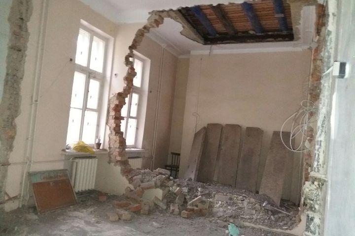 Сколько зарабатывают главврачи в российских больницах