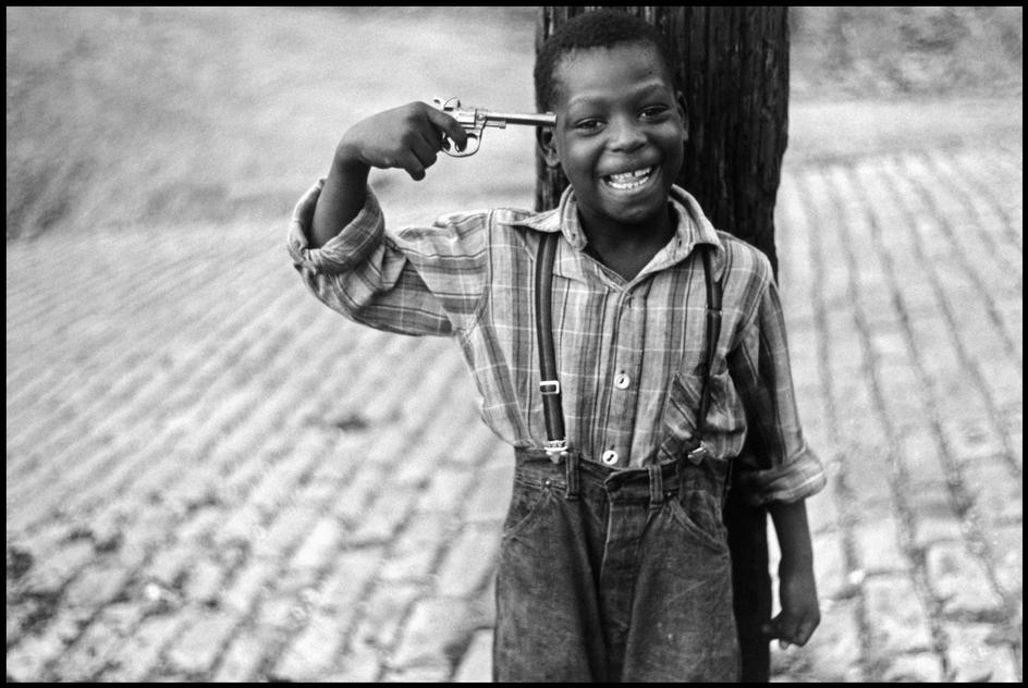 ElliotErwitt_USA_Pennsylvania_Pittsburgh_1950