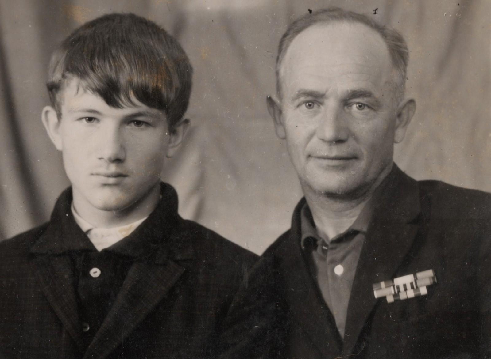 Папа и дед_copy_2581x1890.jpg