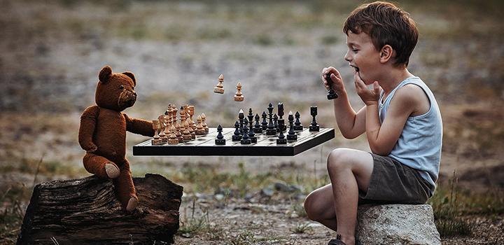 Занятия шахматами для детей фото