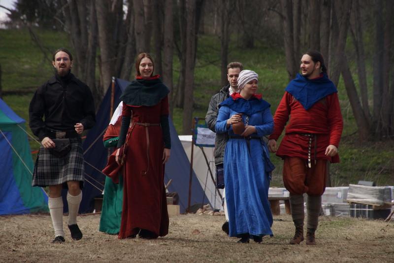 Погружение в Средневековье