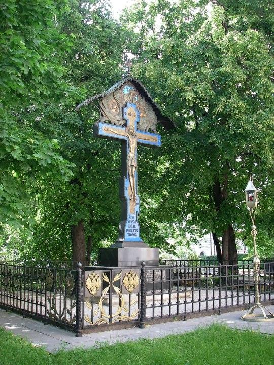 крест в новоспасском весь