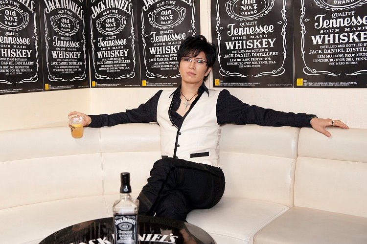 The Jack Daniels Japan Facebook - GACKT- 2012.07.30.