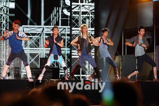 sharing] SHINee performances: sm_shinee