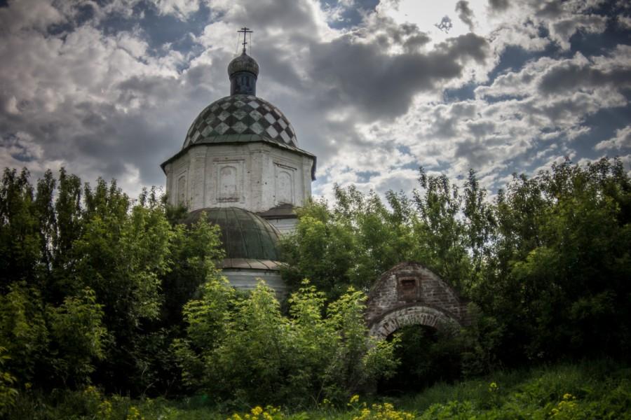 Церковь где венчались родители Ленина © Никита Перфильев