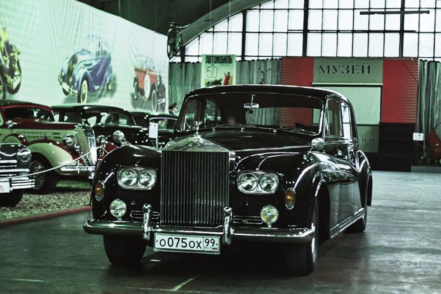Фото-экскурсия по Музею ретро-автомобилей на Рогожском валу в Москве © Никита Перфильев