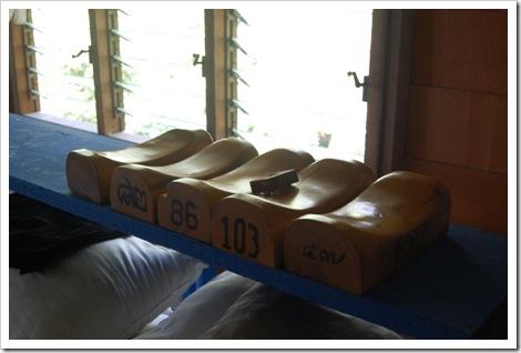 Деревянные подушки