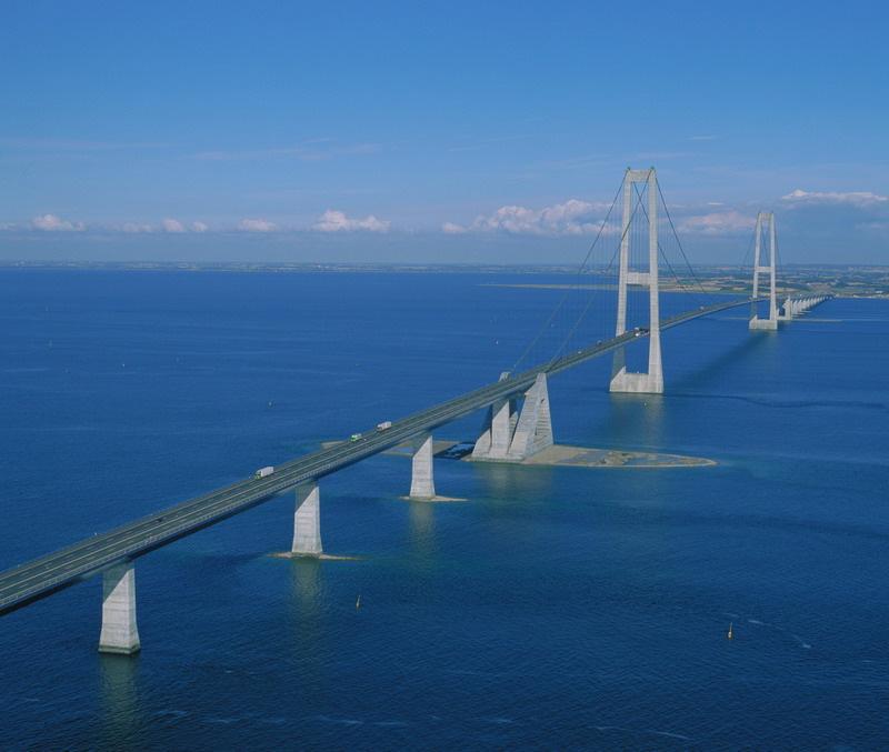 быту мост через северное море в копенгаген выложила