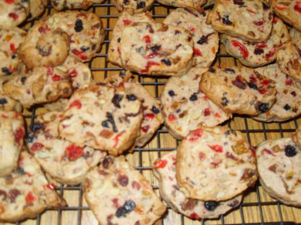 fruitcake cookies 002