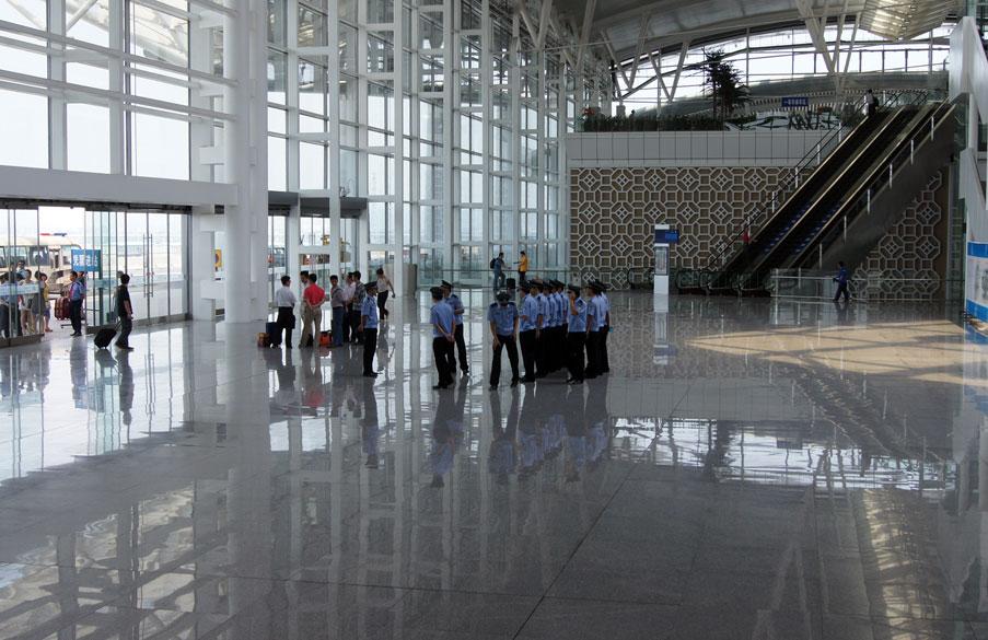 Китай. Свыше 800 человек арестованы в ходе специальной кампании по борьбе с нарушениями прав интеллектуальной собственности.