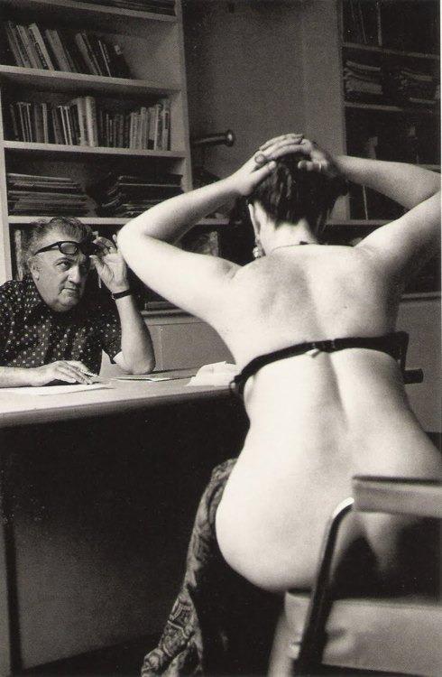 Федерико Феллини ставит фильм, Париж, 1975.