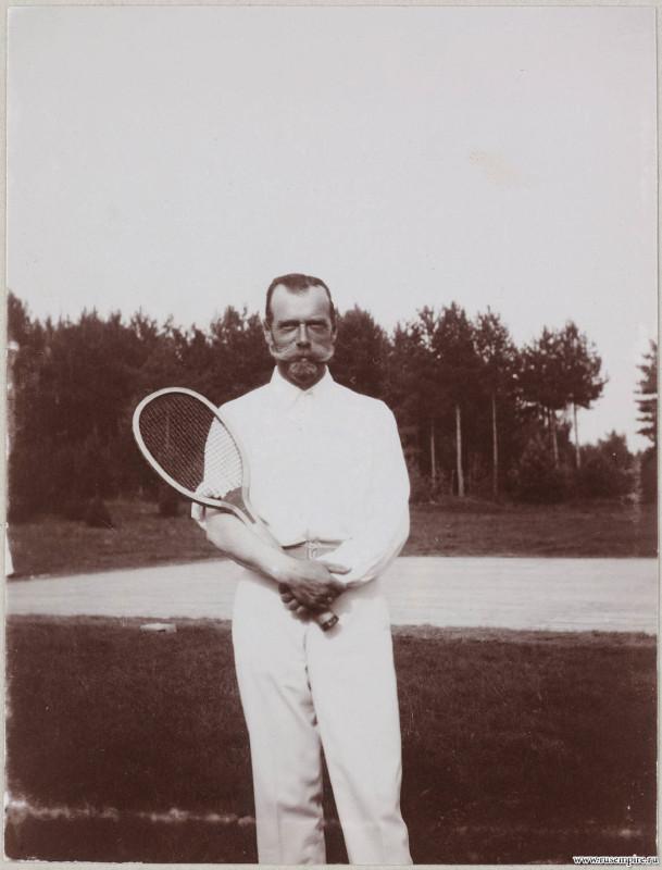 Первая ракетка Российской империи - Николай II .