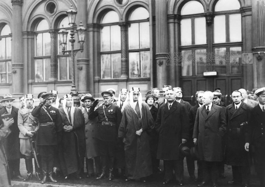 Как советские инженеры саудитам телефонную связь налаживали