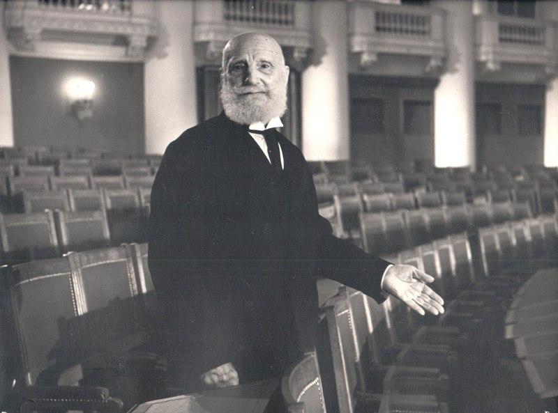 Как  Василий  Витальевич  Шульгин  в  советском  кино  снимался.