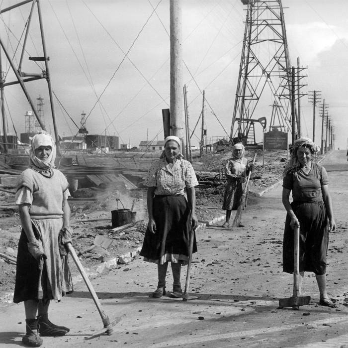Советские люди в фотографиях немецого фотографа. pbs_ussr56_908