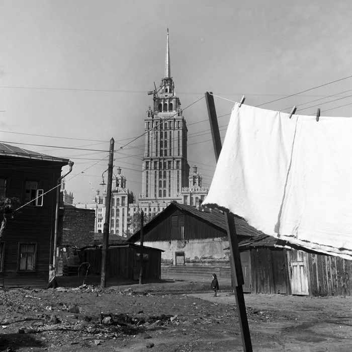 Советские люди в фотографиях немецого фотографа. pbs_ussr56_094