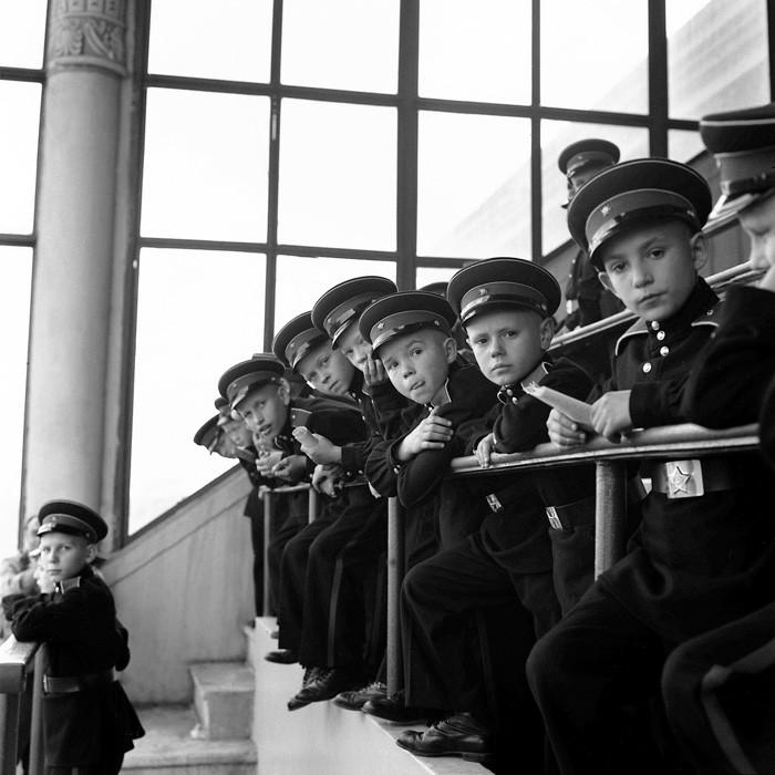 Советские люди в фотографиях немецого фотографа. pbs_ussr56_037