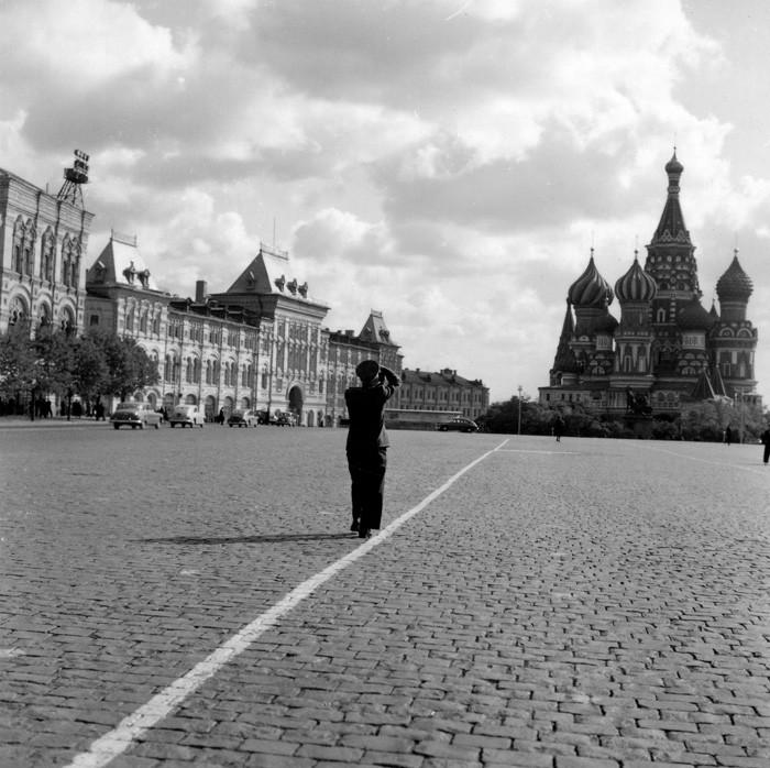 Советские люди в фотографиях немецого фотографа. pbs_ussr56_907