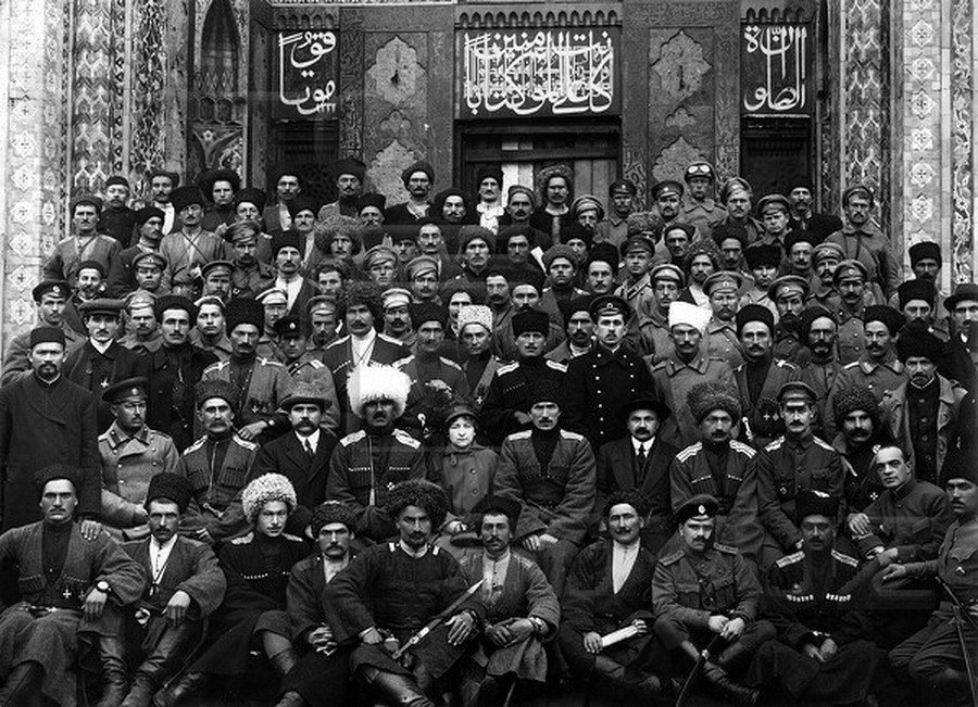 1917-петроград-командиры-дикой-дивизии