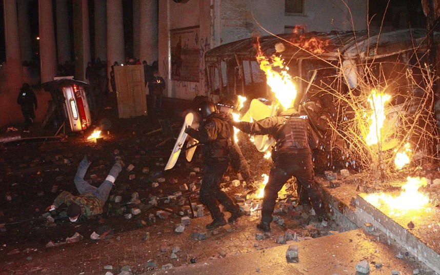 kiev-police-protes_2796180k