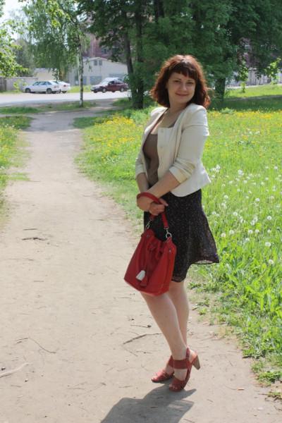 лето-лето-жара-и-красная сумка